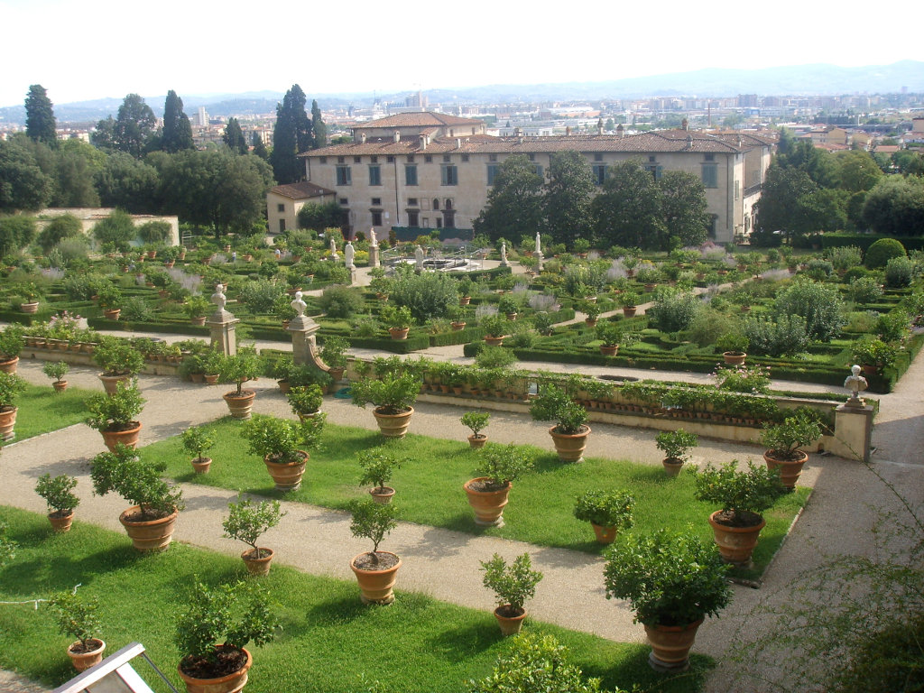 GARDENS OF FLORENCE AND AROUND FLORENCE