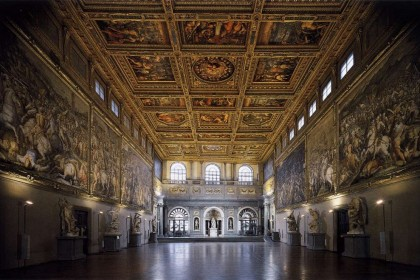 SPLENDOR AT COURT, A MEDICI ITINERARY.